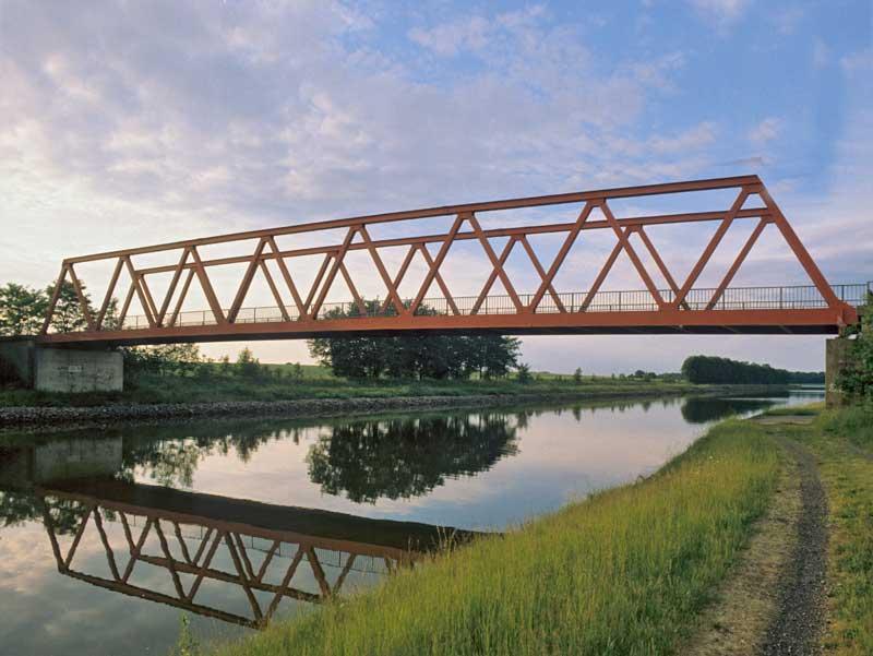 04. Wasserwege, Landwege: Martinsbüttel, Brücke über Mittellandkanal nahe Elbe-Seiten-Kanal