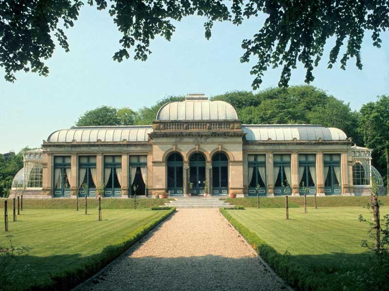 34. Gebaut im Stile Versailles', umgebaut zur englischen Parklandschaft, dient die Orangerie heute bei beliebigen  Festlichkeiten: Elswout, Landgut